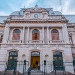 Ministerio de Gobierno y Justicia . El 19 de abril será día normal para la administración pública