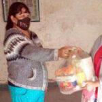 Desarrollo Humano. Familias de Valle Grande recibieron las Unidades Alimentarias